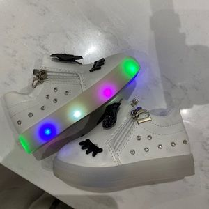 Used LED Booties size 22